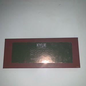Kylie Cosmetics Makeup - Kylie x Jordan Eyeshadow Palette